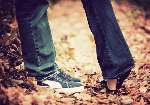 Should Christian Girls Kiss Before Marriage?