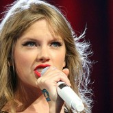Taylor Swift and Her Big VMA Reveal