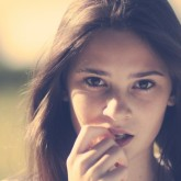 5 Verses to Help Christian Girls Beat Temptation