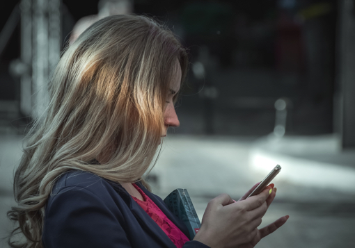 Why Sending Nude Photos Isn't God's Best for Single Women